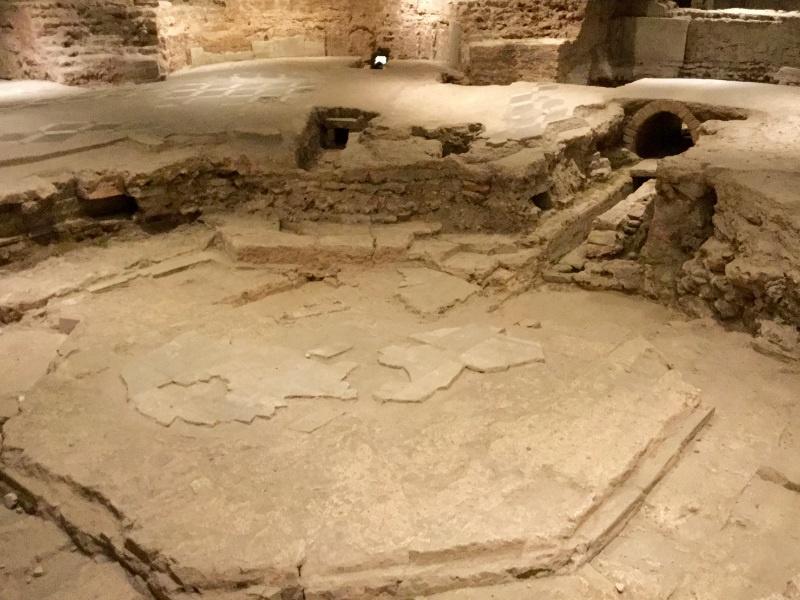 Duomo, area archeologica