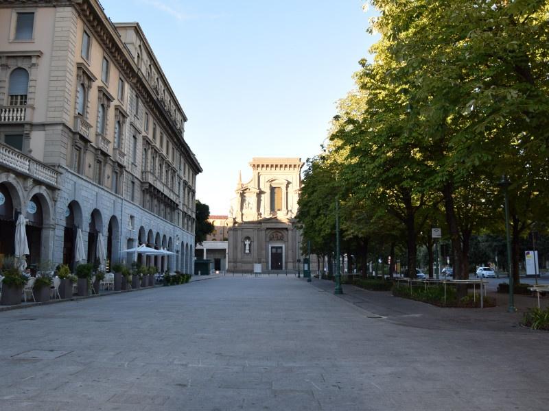 Bergamo Bassa, Sentierone e chiesa di San Bartolomeo