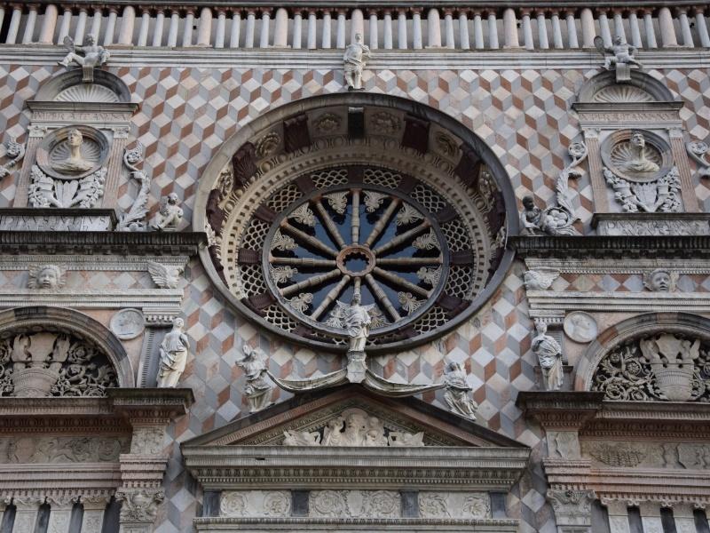 Bergamo Alta, Cappella Colleoni, particolare della facciata
