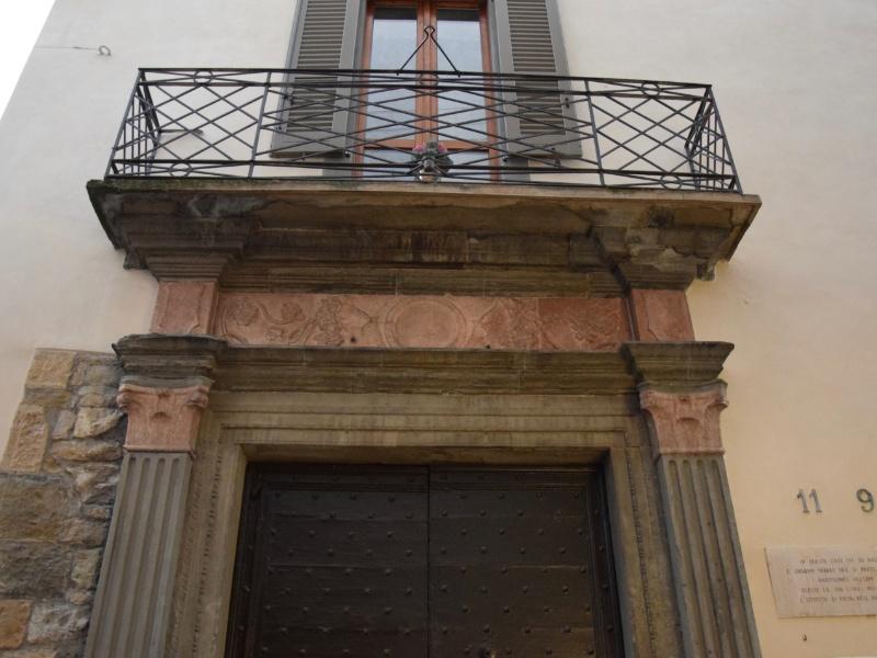 Bergamo Alta, Luogo Pio, ingresso