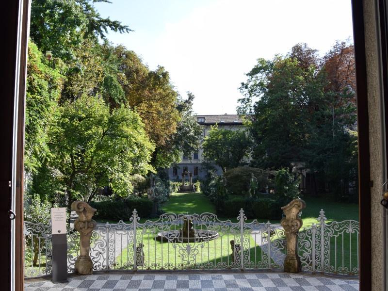 Casa degli Atellani, giardino