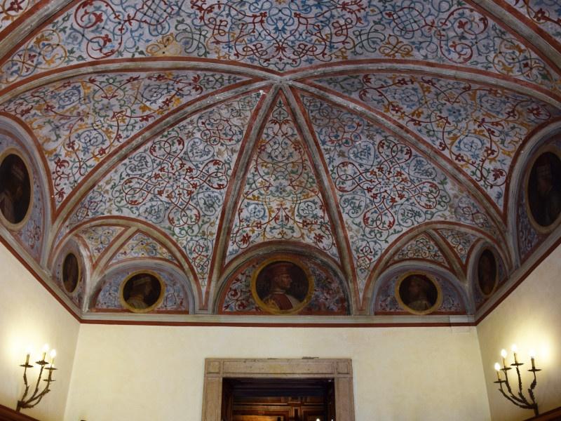 Casa degli Atellani, sala del Luini