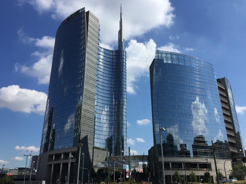 I Grattacieli Di Milano Dal Belvedere Di Palazzo Lombardia Con Uno Speciale Leonardo 500 A Corso Como 10 Sara Cortinovis