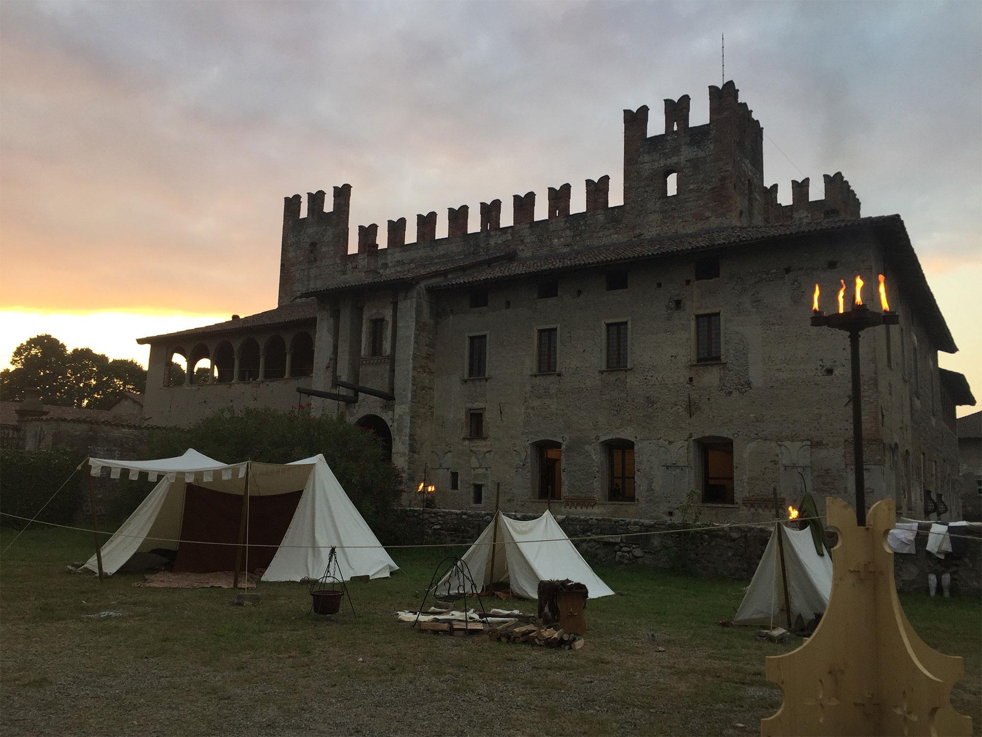Castello di Malpaga al tramonto